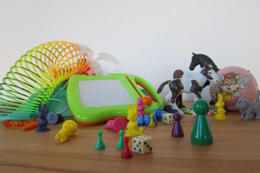 Plastikspielsachen